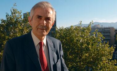 13 ερωτήσεις… για τη γυναικεία καρδιά στον καθηγητή κ. Παύλο Τούτουζα. | vita.gr