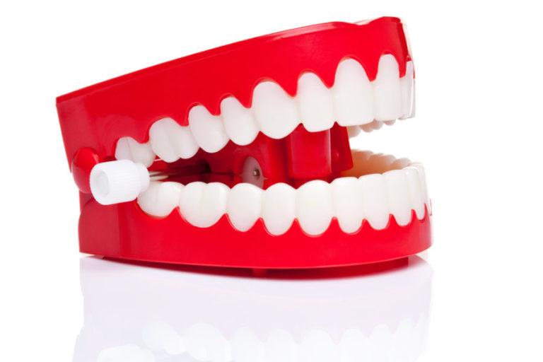 Δόντια φτιαγμένα από ούρα; | vita.gr