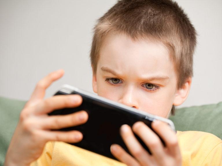 Τεστ: Μήπως είναι εθισμένο στα video games; | vita.gr