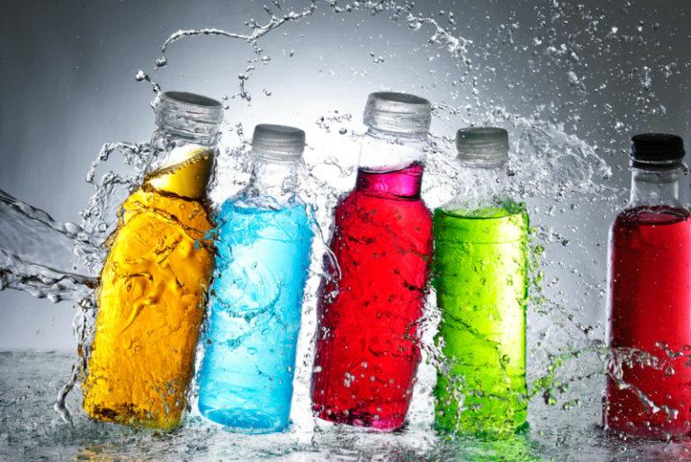 Εχθρός για τον εγκέφαλο των εφήβων τα ενεργειακά ποτά | vita.gr