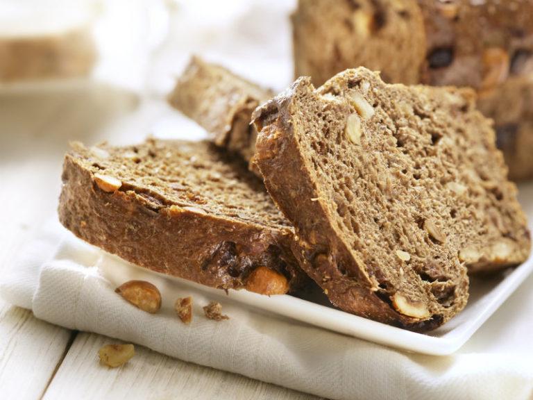 Φτιάχνουμε μόνοι μας ψωμί | vita.gr