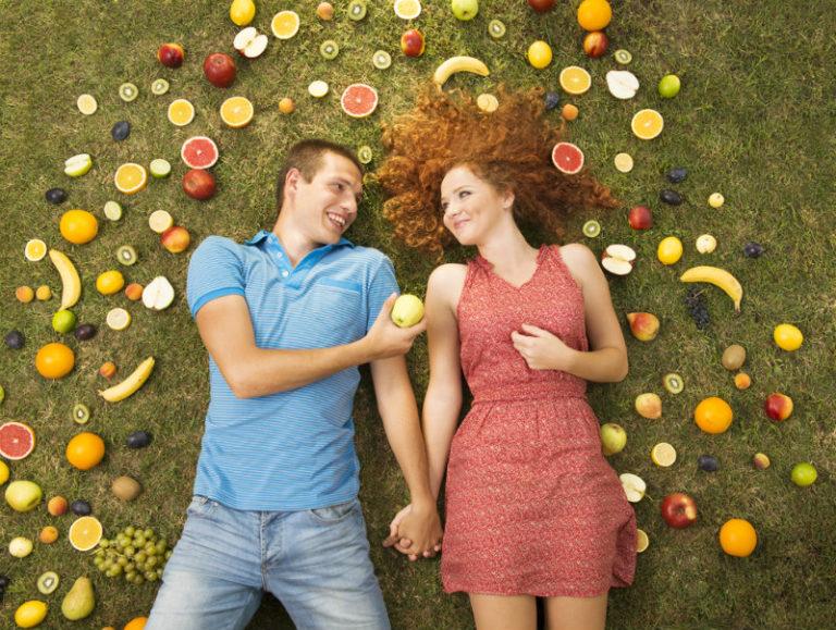 Η δίαιτα βελτιώνει ή χαλάει τη σχέση μας; | vita.gr