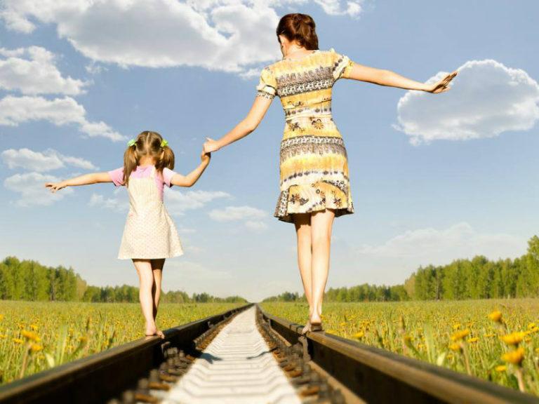 Μητέρα – κόρη: Σχέσεις στοργής και… οργής | vita.gr