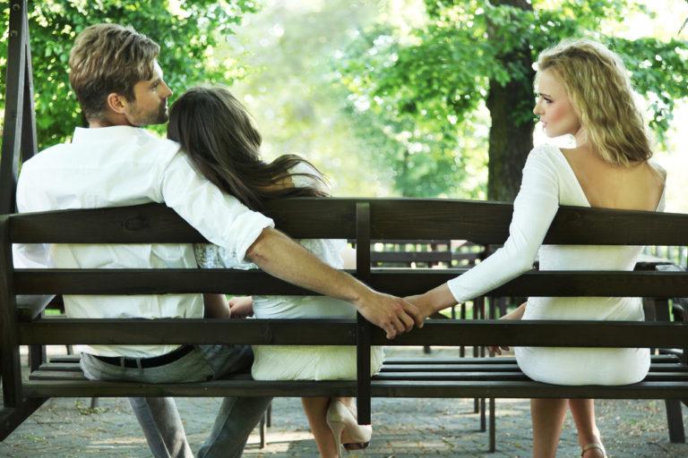 Υπάρχει σχέση μετά την απιστία; | vita.gr