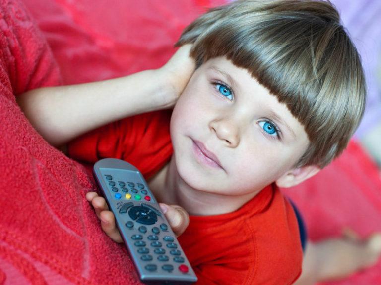 Τηλεόραση και υπολογιστής βλάπτουν τα παιδιά | vita.gr
