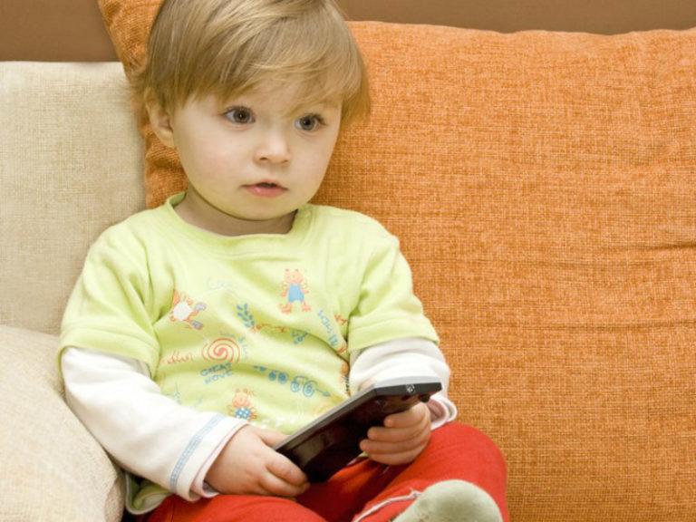 Η τηλεόραση «κλέβει» τον ύπνο των παιδιών | vita.gr
