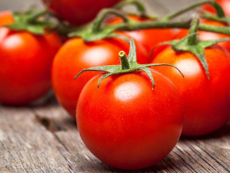 Nτομάτα για την εφίδρωση | vita.gr
