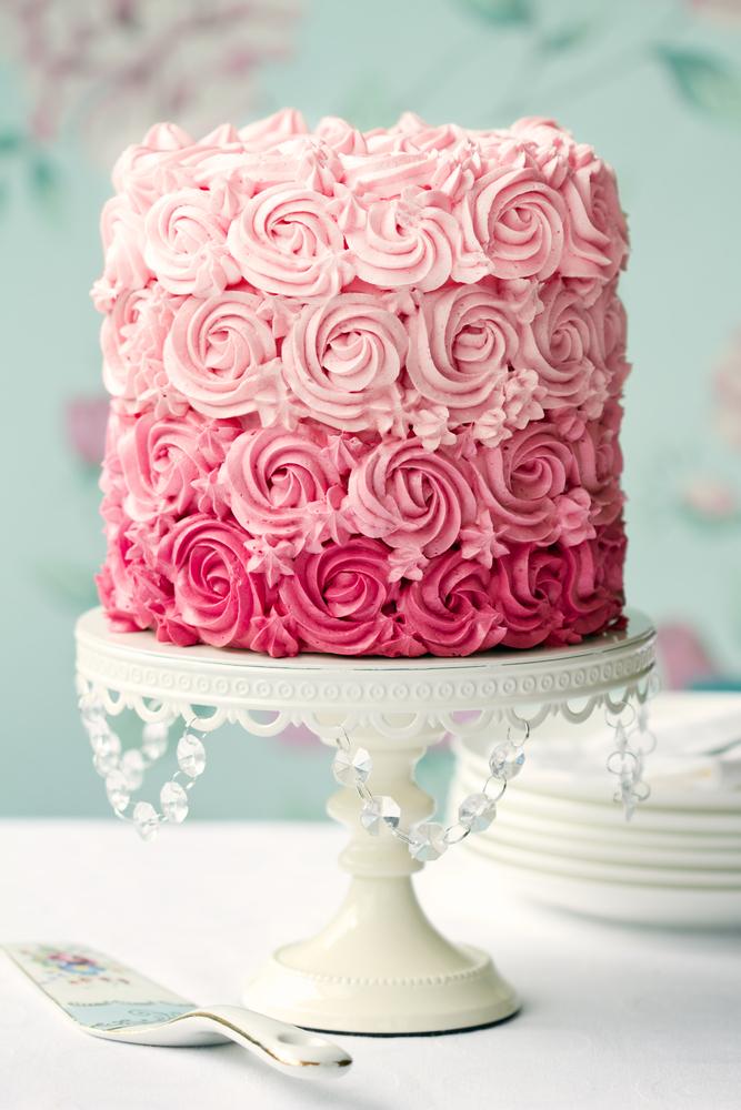 Πώς να κόψω την τούρτα για να μην ξεραθεί; | vita.gr