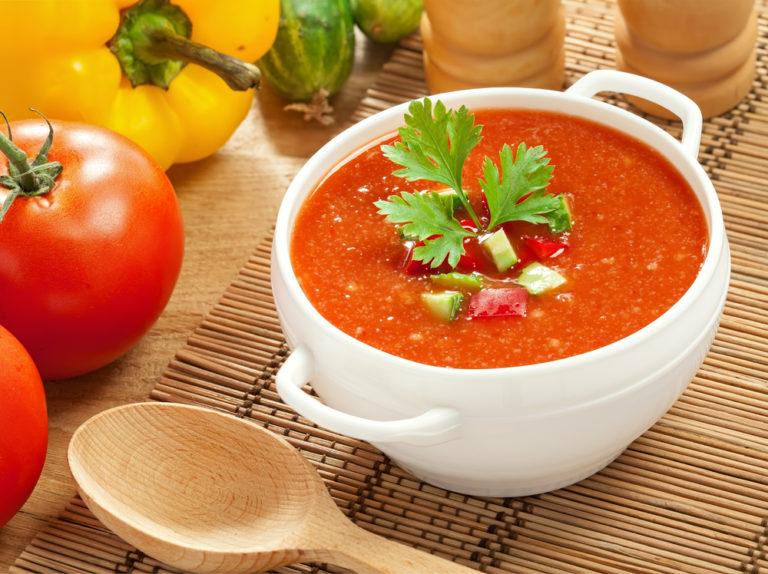 Κρύες σούπες για περισσότερη δροσιά   vita.gr