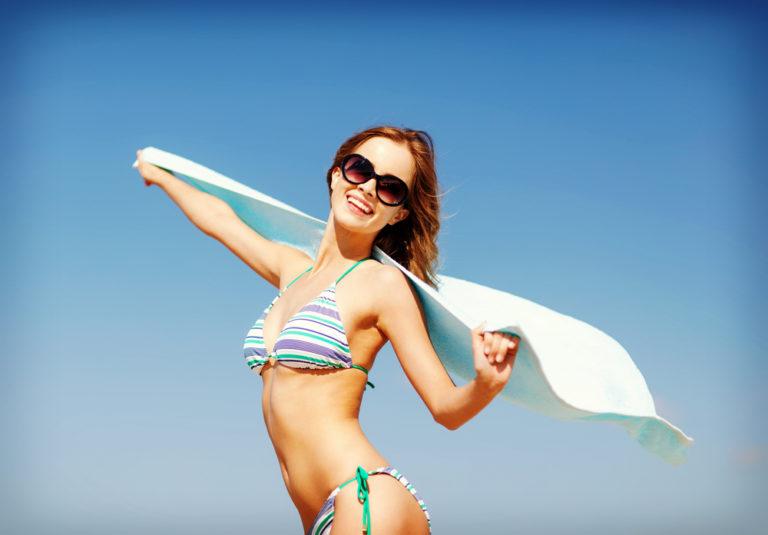 Πιο fit με μια πετσέτα θαλάσσης | vita.gr
