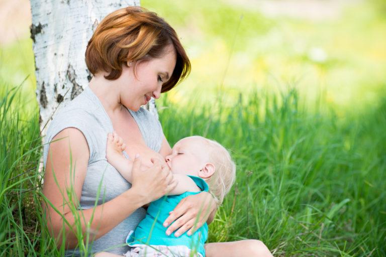 Ο θηλασμός προστατεύει από τα καρδιαγγειακά | vita.gr