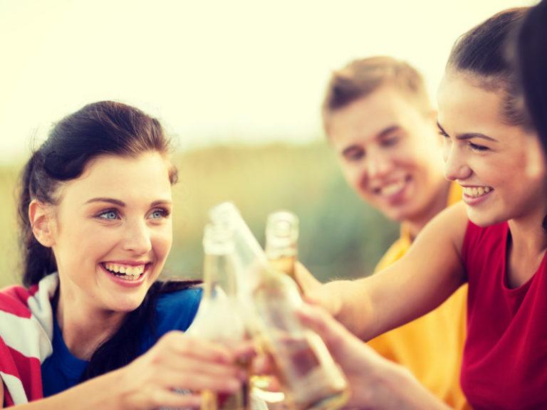 Γιατί πίνουμε περισσότερο όταν γυμναζόμαστε; | vita.gr