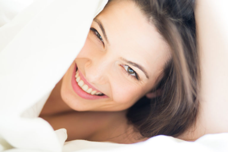 Κοιμηθείτε γυμνοί, κάνει καλό! | vita.gr