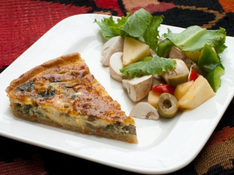 Πίτα του κυνηγού με μανιτάρια και κάστανα   vita.gr