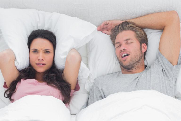 Το ροχαλητό καταστρέφει την ερωτική ζωή | vita.gr