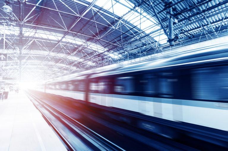 Νεότεροι στο τρένο, ελαφρύτεροι στο ασανσέρ; | vita.gr