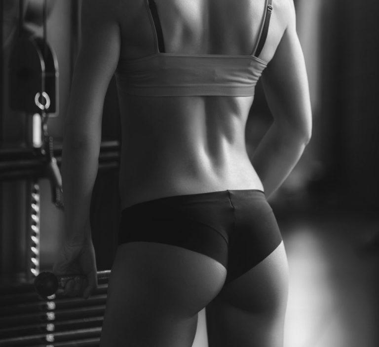 Οι 7 top ασκήσεις για τους γλουτούς | vita.gr