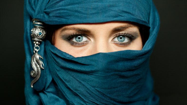 Θα κάνατε τα καστανά σας μάτια μπλε; | vita.gr