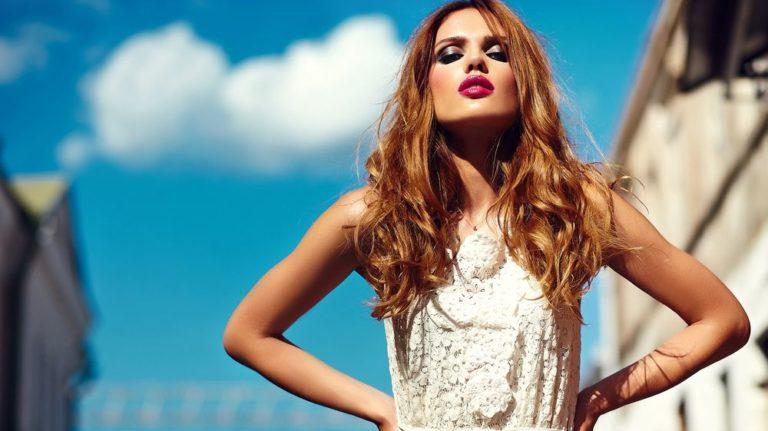 Τα τρικ του μακιγιάζ για να δείχνεις πιο νέα | vita.gr
