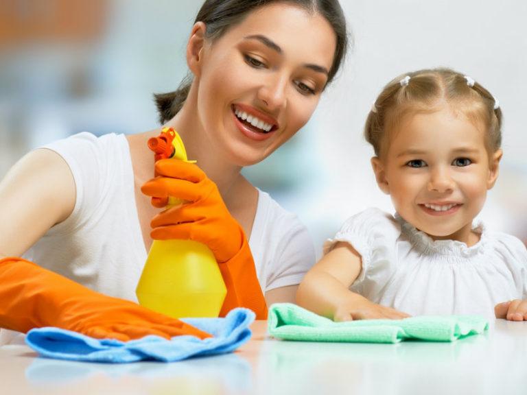Οι δουλειές του σπιτιού μάς κάνουν καλό | vita.gr