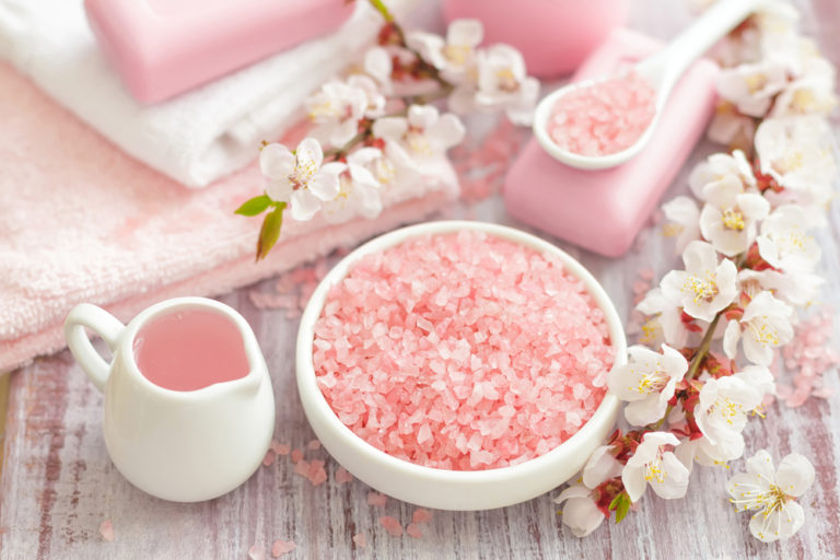 Let's scrub. Φυσικές συνταγές | vita.gr
