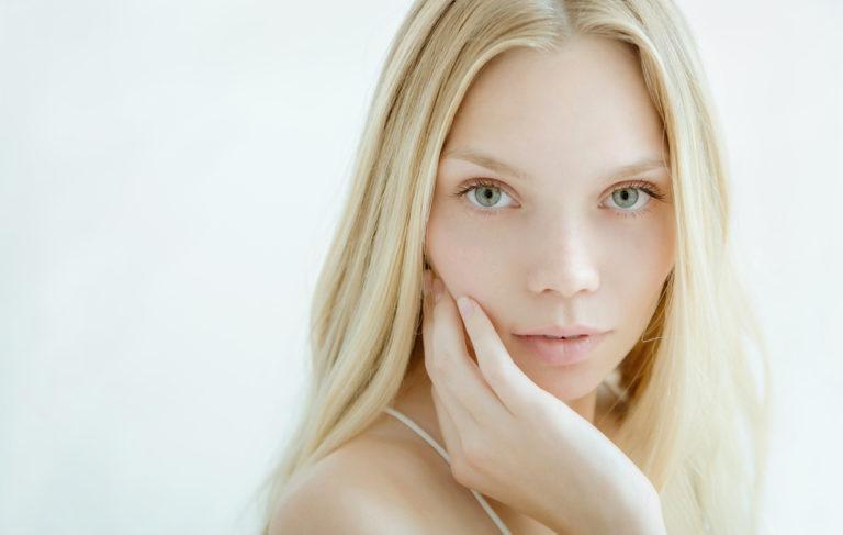 Ευαίσθητο δέρμα: Tα 7 σημεία που πρέπει να προσέξουμε | vita.gr