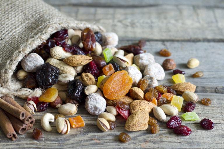 Στο μικροσκόπιο… τα αποξηραμένα φρούτα | vita.gr