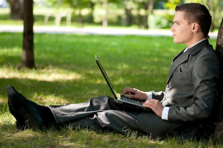 Το «πράσινο» γραφείο αυξάνει την απόδοση | vita.gr
