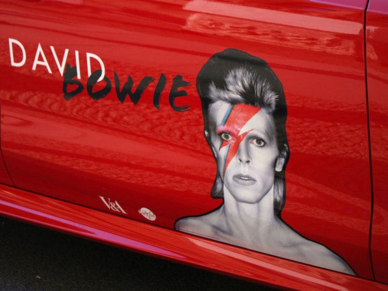 Έφυγε από τη ζωή ο David Bowie | vita.gr