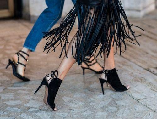 8 ζευγάρια παπούτσια που πρέπει να έχει κάθε γυναίκα | vita.gr