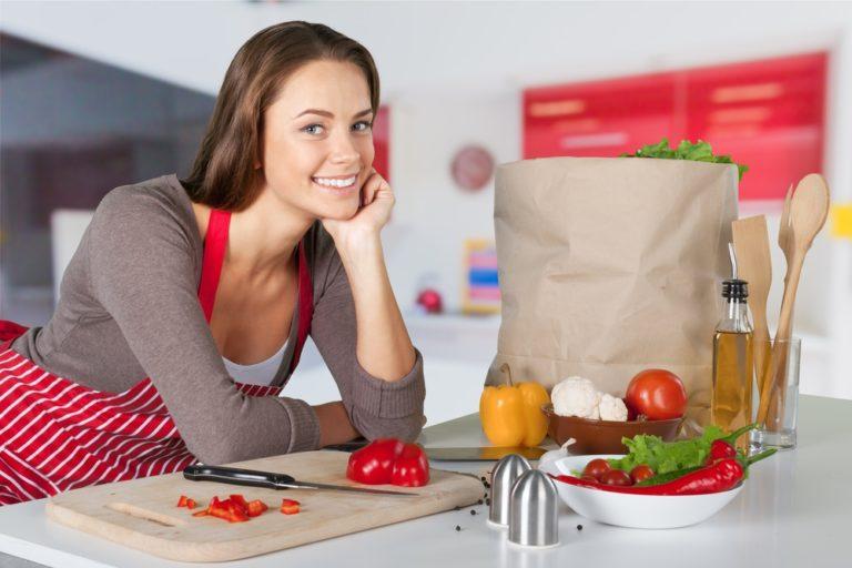 Τακτοποιήστε την κουζίνα σας και αδυνατίστε | vita.gr
