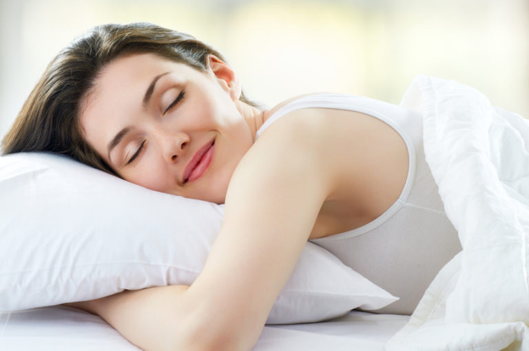 Πόσο ύπνο χρειαζόμαστε τελικά; | vita.gr
