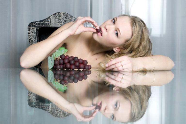 Κοιτάξου στον καθρέπτη όταν τρως | vita.gr