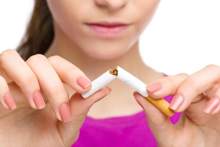 Με το μαχαίρι ο καλύτερος τρόπος διακοπής του καπνίσματος | vita.gr