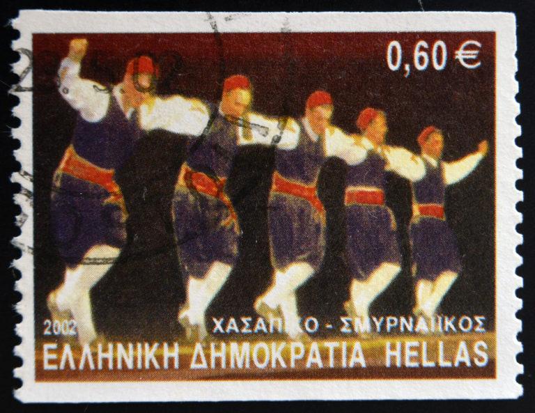 Ξανανιώνουμε με παραδοσιακούς χορούς | vita.gr