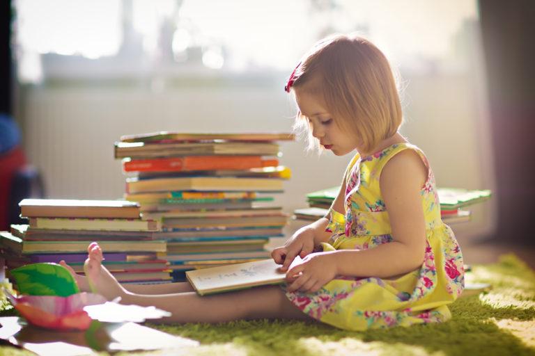 Πολλά βιβλία, περισσότερα οφέλη | vita.gr