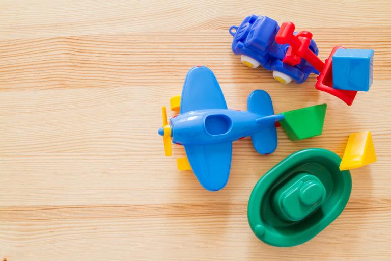 Τα παιδιά αρρωσταίνουν από τα παιχνίδια τους; | vita.gr