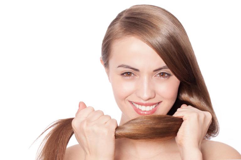 5 αιτίες που πέφτουν τα μαλλιά μας | vita.gr