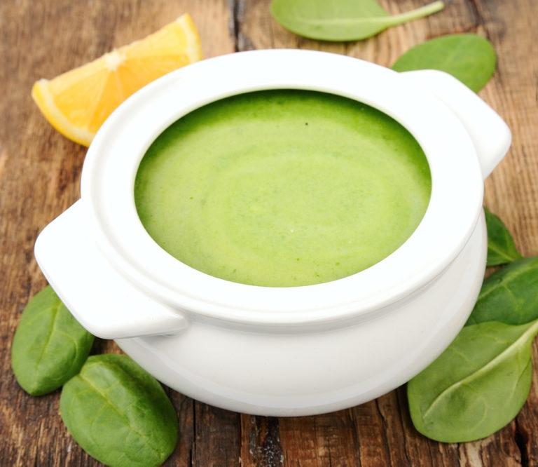 Σούπα με σπανάκι αυγολέμονο | vita.gr