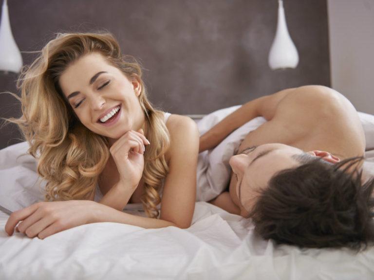 Η βραδινή κουβεντούλα σώζει τον γάμο | vita.gr