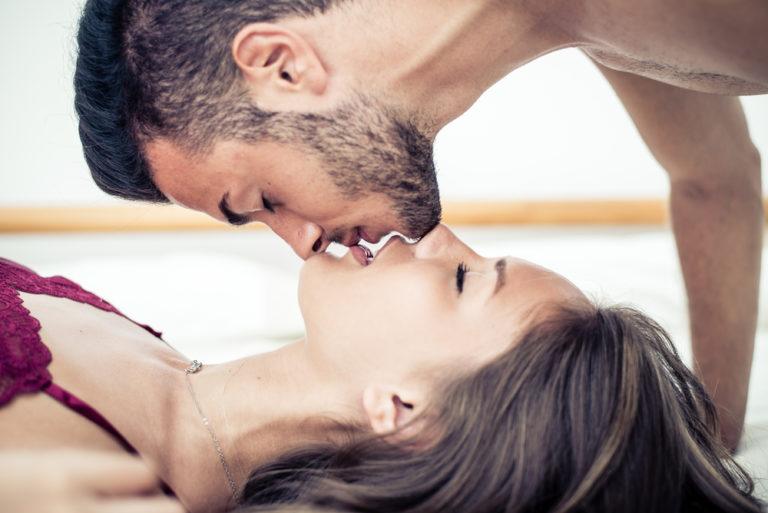 8 λόγοι για ένα φιλί | vita.gr