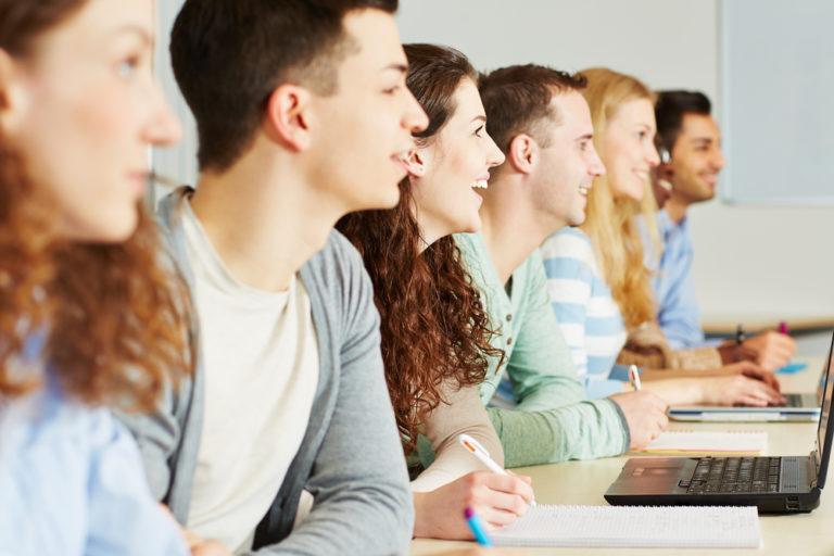Οι σπουδές κάνουν καλό στην… καρδιά   vita.gr
