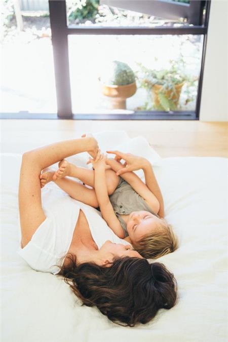 Το ότι είμαι μαμά δε σημαίνει ότι δε νιώθω… μοναξιά! | vita.gr