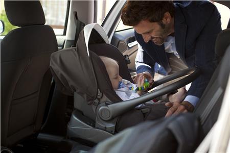 Το πιο σοβαρό λάθος των γονιών όταν βάζουν το παιδί στο αυτοκίνητο! | vita.gr