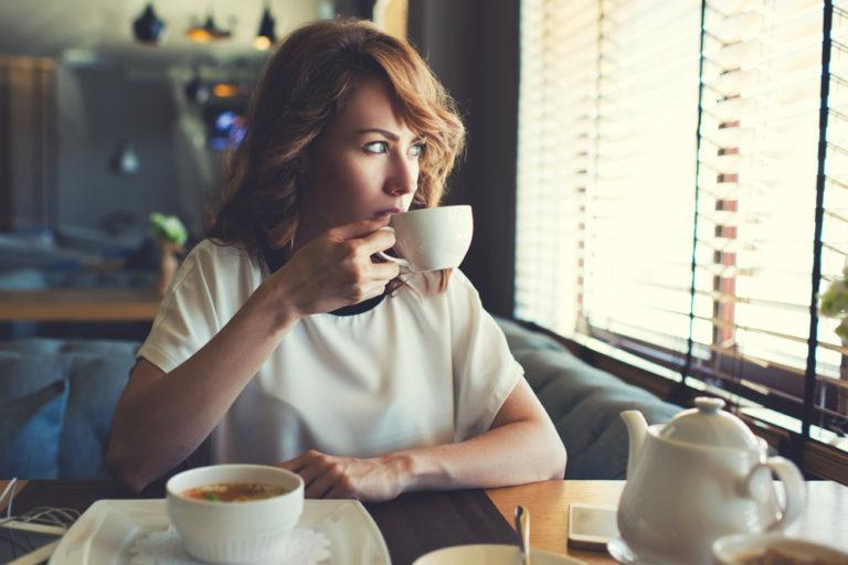 Ναι στον καφέ, όχι στο κρέας λέει η… καρδιά | vita.gr