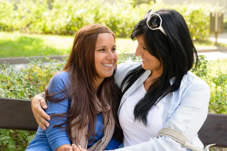 Eίμαστε καταδικασμένοι να μοιάσουμε στους γονείς μας; | vita.gr