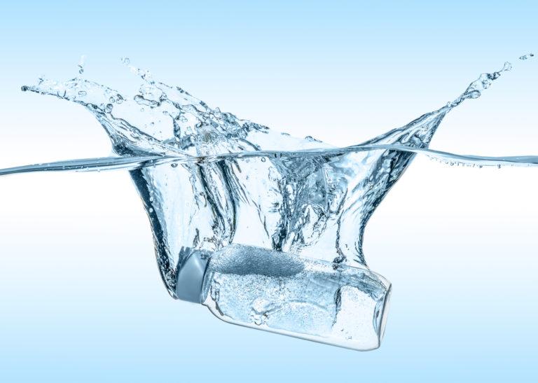 Νερό Καθαρισμού: Ποια είναι η δράση του; | vita.gr