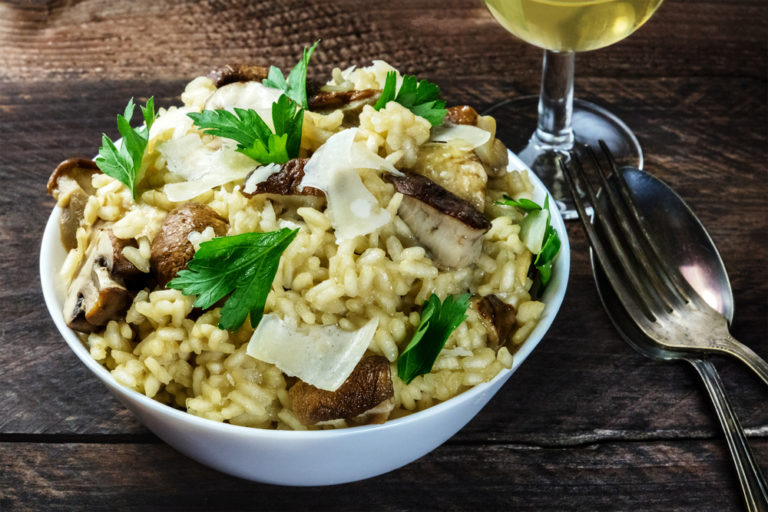 Pιζότο με μανιτάρια και κρασί | vita.gr