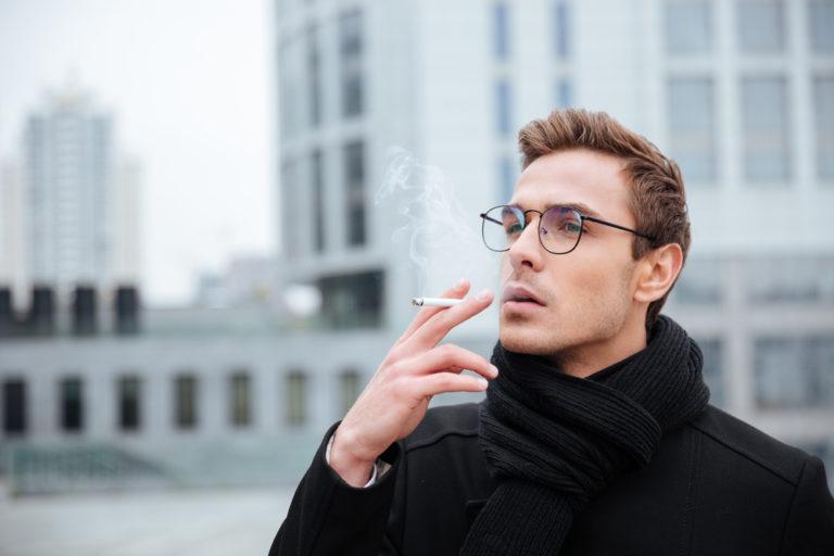 Επιρρεπείς στο εγκεφαλικό οι καπνιστές | vita.gr