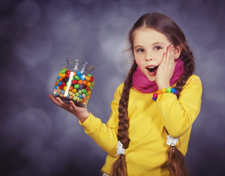 Η κατανάλωση ζάχαρης επηρεάζει την γνωστική λειτουργία των παιδιών | vita.gr